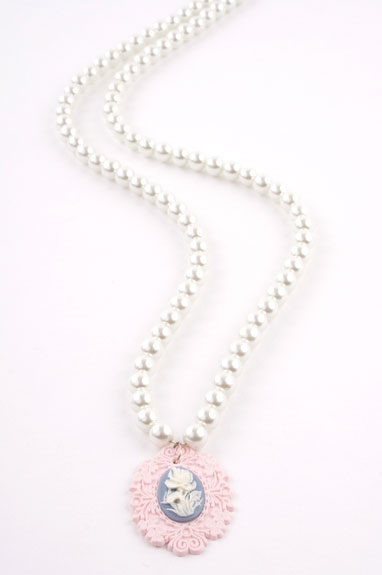 Pink  Vintage Cameo Crystal Pearl Necklace