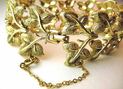 Vintage 1950s Gold Leaf Bracelet
