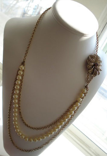 Vintage Pearl and Chain Brooch Necklace